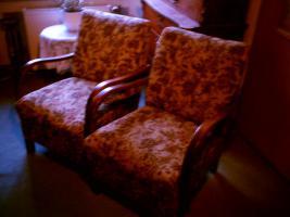 zwei Sessel aus OmasZeiten