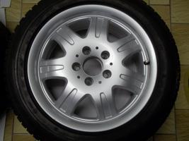 Foto 3 1 Satz Winterräder SLK R170 und R171 Mercedes Benz 7 Speichen Leichtschmiedefelgen 16 Zoll ( 7 x 16 ET 34 mm )