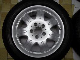 Foto 4 1 Satz Winterräder SLK R170 und R171 Mercedes Benz 7 Speichen Leichtschmiedefelgen 16 Zoll ( 7 x 16 ET 34 mm )