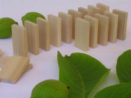1000 Stk Dominosteine aus naturbelassenen Holz Neu