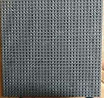 Foto 3 17 graue dünne Grundplatten 32 x 32 Noppen lego kompartibel