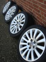 Foto 2 18 ''Original Opel Insignia 5x120  angeboten  4x 245/40 R18 Marsel Sommerreifen auf 18 Zoll original Opel insignialichtmetalen Räder (8J X 18). Reifen und Felgen sind in gutem Zustand (siehe Fotos)  Reifen Profil: 4x 8 mm New ALLS  Legen Sie Größe: 5X120