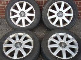 Foto 2 18 ''RS4 Räder Audi A3 A4 RS6 RS4 Golf 5 Passat Jetta (427)  Ein Satz verwendet 18 ''RS4 Reifen, unter anderem für verschiedene Modelle von Volkswagen, Audi und Seat. Die Felgen und Reifen zu gewährleisten, dass es noch exklusiver Blick! Ihr Auto Alle vie