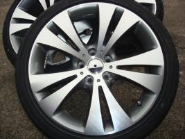 18 ''Zoll-Räder Band EOS New Audi A4 A3 TT A6 5x112 Golf 5/6  Ein neuer Satz von 18 ''-Felgen EOS Die Felgen sind in Silber Die Räder sind von guter Qualität und machen Sie Ihr Auto ein exklusives Aussehen.  Replica Räder  Spezifikationen:  Insert: 5x112