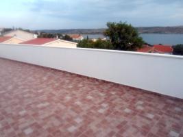 Foto 2 2 Ferienwohnungen bis zu 4 Personen in Rtina Miocici bei Zadar 150 m vom Strand Dalmatien