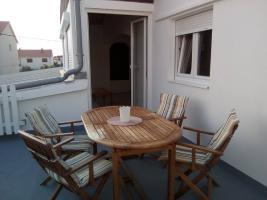 2 Zimmer Ferienwohnung in Razanac bei Zadar bis zu 6 Personen mit Bootsliegeplatz