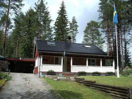 2 tolle Ferienhäuser in Schweden am See -ganzjährig-