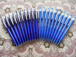 20 Neue Kugelschreiber 10 Blau+10 Schneider
