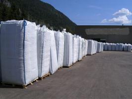 2,40 m hohe gebrauchte Big Bags um 2,50