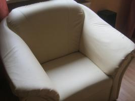 Foto 2 2sitzige Couch in Lederimitat und 1Sessel