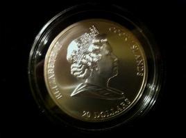 Foto 2 3 Unzen Silbermünze (Sammelobjekt) mit 17 (!) Swarovski® Kristallen