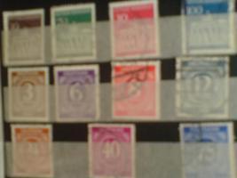 Foto 4 3 kleine Briefmarkenalben