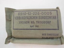 3 verschiedene Verbandspäckchen der Bundeswehr