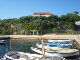 Foto 3 4 Ferienwohnungen direkt am Meer in Norddalmatien Ferienhaus bis zu 18 Personen