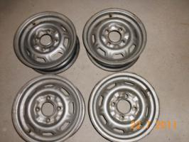 4 gebrauchte 4 1/2-JX13 Stahlfelgen