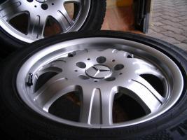 Foto 2 4 gebrauchte Conti Sommerkompletträder SLK Mercedes Benz incl. Leichtschmiedefelge 16 Zoll - original Mercedes Benz Räder MO
