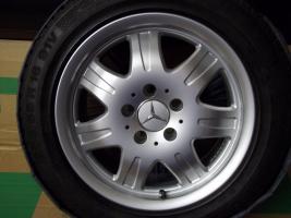 Foto 4 4 gebrauchte SLK Mercedes Benz Leichtschmiedefelgen 16 Zoll ( 7 x 16 ET 34 mm )
