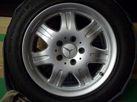 Foto 6 4 gebrauchte SLK Mercedes Benz Leichtschmiedefelgen 16 Zoll ( 7 x 16 ET 34 mm )