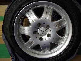 Foto 11 4 gebrauchte SLK Mercedes Benz Leichtschmiedefelgen 16 Zoll ( 7 x 16 ET 34 mm )