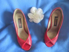 Foto 3 50er Jahre Pinup * Rockabilly- Style * Lack- Leder- Imitat * High- Heels * Peep Toes * PUMPS * SCHUHE ''Graceland' Gr. 36- 36,5/ 3- 3,5 * rot *