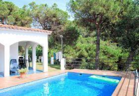 Foto 2 ☀️ Ferien in Spanien günstig buchen Ferienhaus privater Pool Lloret de Mar Costa Brava