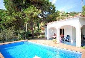 Foto 6 ☀️ Ferien in Spanien günstig buchen Ferienhaus privater Pool Lloret de Mar Costa Brava