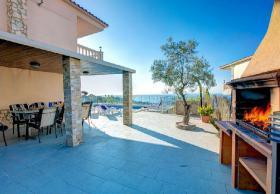 Foto 4 ☀️ Spanien Ferienhaus an der Costa Brava mit privatem Pool mieten