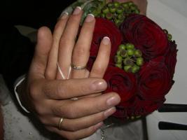 Foto 2 ♥♥♥ ♥♥♥  Hallo Brautpaare aufgepasst ! Wenn sie im Juli / August oder September 2014 heiraten, können sie viel Geld sparen ! !