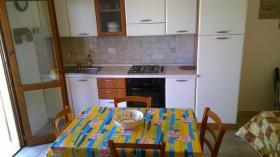 Wohnküche mit Schlafsofa für 2 Personen