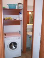 Vorraum mit Waschmaschine