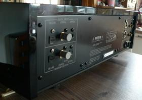 Foto 2 Accuphase DP 700