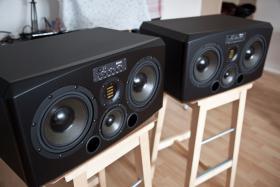 Aktive Monitore, ADAM S3X-H, Paar,  Drei-Wege-Lautsprecher