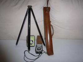 Foto 5 Alte Fotoapparate und Zubehör an Sammler abzugeben
