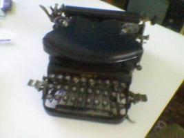 Alte Schreibmaschine vor 2.Weltkr. MOD 7/