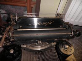 Foto 4 Alte Schreibmaschine Triumph