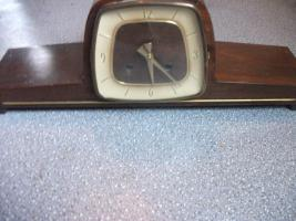 Alte Uhr ca. 50 J. Ankra