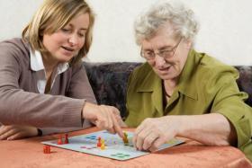Altenpflege zu Hause in Chemnitz Seniorenbetreuung 24 Stunden Betreuung Haushaltshilfen