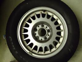 Foto 2 Alufelgen mit Reifen