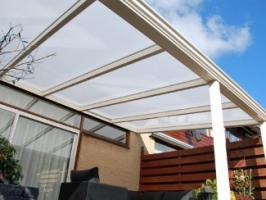 Foto 2 Aluminium Terrassenüberdachung 4000 x 2500 schon ab: