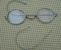 Foto 2 Antike Nickelbrillen, Konvolut