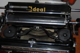 Foto 5 Antike Schreibmaschine - Naumann Ideal (ca. 1930)