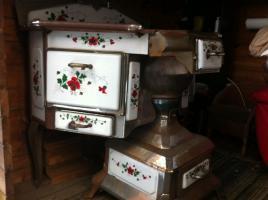 Foto 2 Antiker hochwertiger Holzofenherd