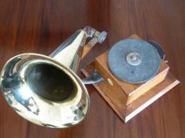 Foto 5 Antique gramophone & Schreibmaschine - Ltd Grammophon