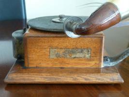 Foto 7 Antique gramophone & Schreibmaschine - Ltd Grammophon