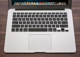 Apple MacBook Air 13,3'' 1,4 GHz Intel Core i5 4 GB 128 GB SSD 2014 Version