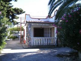Apulien , Süditalien San Pietro in Bevagna  Ferienhaus mit Garten in Strandnähe