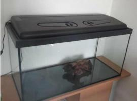 Aquarium 80x35x40 mit Unterschrank + Zubehör