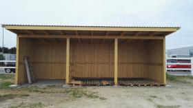 Foto 9 Außenboxen -Hütten massiv auch mit Heu- und Sattelkammer
