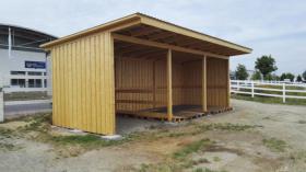 Foto 10 Außenboxen -Hütten massiv auch mit Heu- und Sattelkammer