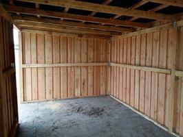 Foto 13 Außenboxen -Hütten massiv auch mit Heu- und Sattelkammer